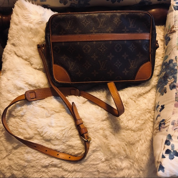 Used Louis Vuitton Purses >> Used Louis Vuitton Crossbody